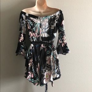 LF Dresses - LF Black Floral Tropical Romper With Sleeves